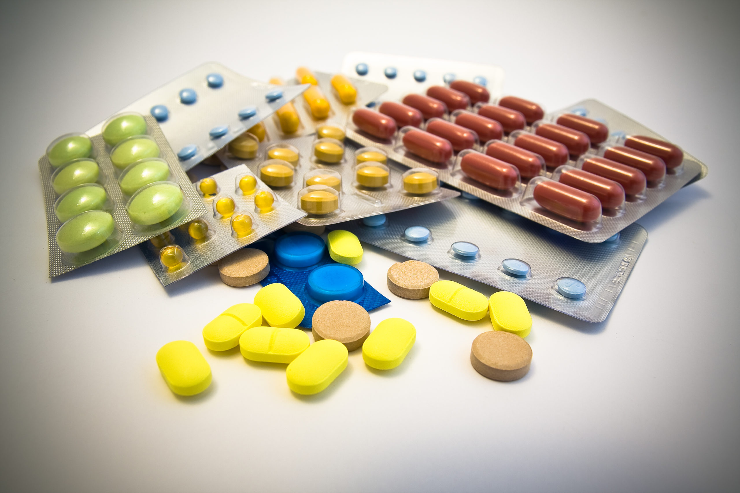 Qual medicamento posso usar no tratamento de hormonioterapia?