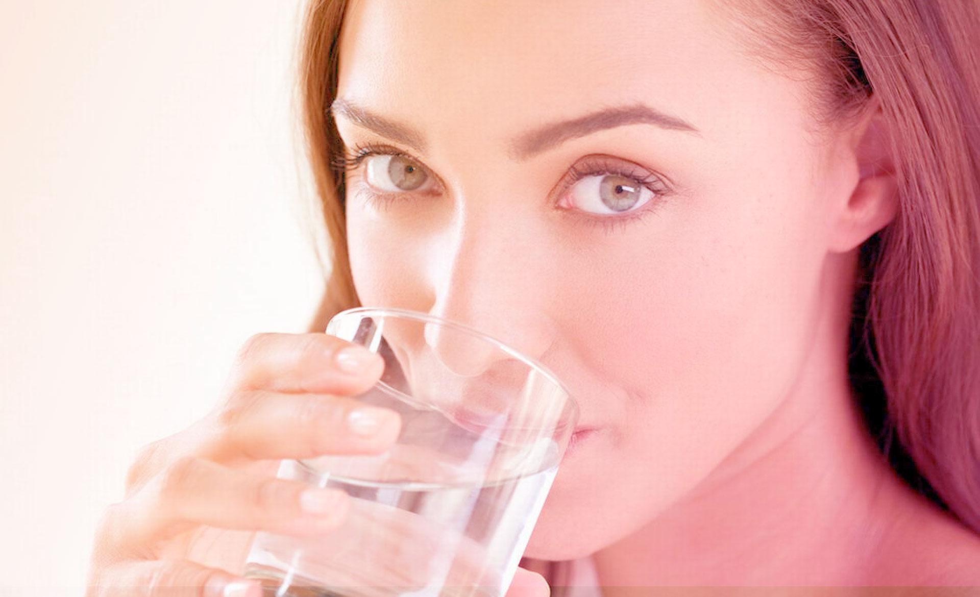 Por que é importante beber água durante o tratamento oncológico?